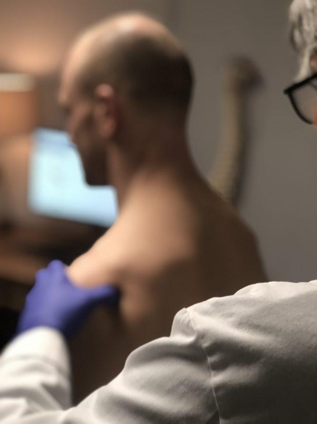 PRP Shoulder Injection at Sports Medicine Northwest